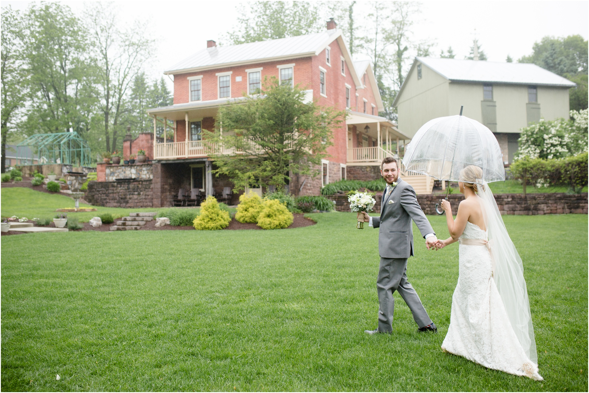 Rain On Your Wedding Day.How To Prepare For Rain On Your Wedding Day Leigh G Photography